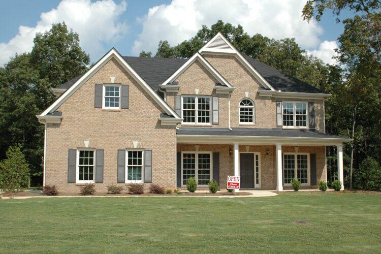 Selvsalg: 7 gode råd til hussalg uden ejendomsmægler