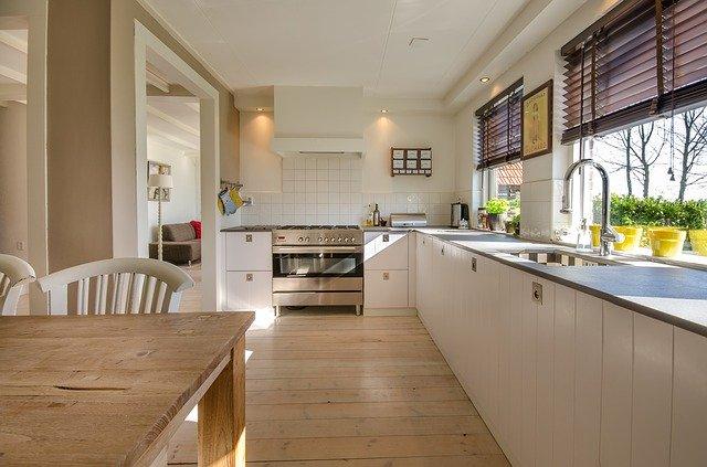 Mangler du inspiration til at komme i gang med at renovere dit køkken?